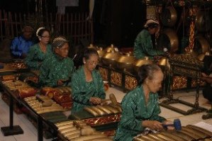 Balai Budaya Minomartani - sri wisnu 1