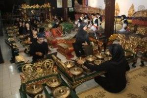 Balai Budaya Minomartani - sri wisnu 3